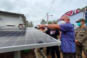 Gubernur Kaltim resmikan PLTS di Desa Rantau Buta