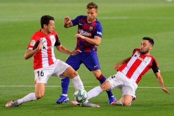 Barcelona disiplinkan Arthur rencana pindah ke Juve
