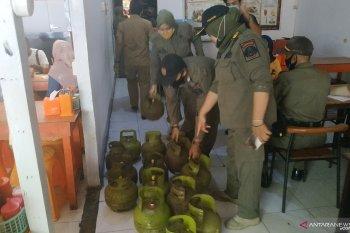 Wow, salah satu rumah makan di Pontianak kedapatan gunakan 25 tabung elpiji subsidi