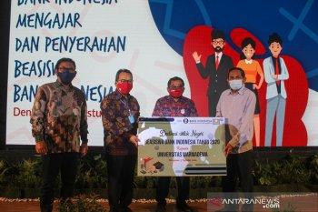BI Bali serahkan 50 beasiswa untuk mahasiswa Universitas Warmadewa