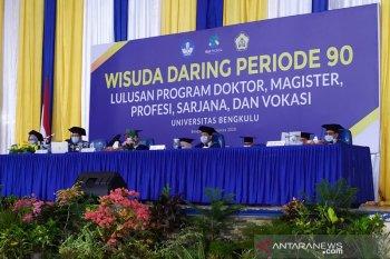 "692 mahasiswa Universitas Bengkulu ikuti wisuda ""online"""