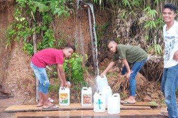 Warga Bobong dan Wayo kesulitan air bersih PDAM