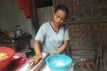 Usaha pembuatan  keripik di Lebak berkembang