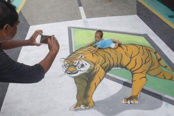 Lukisan tiga dimensi meriahkan HUT RI