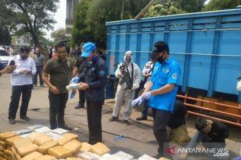 BNN gagalkan penyelundupan ratusan kilogram ganja di Kota Bekasi