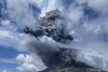 DPR: Pemda harus proaktif bantu warga terdampak erupsi Gunung Sinabung