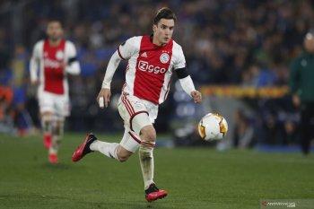 Chelsea berminat datangkan bek kiri Ajax Nicolas Tagliafico