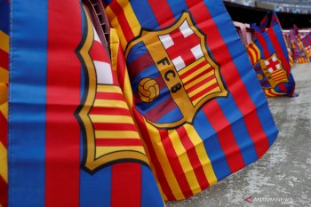 Seorang pemain Barcelona positif COVID-19