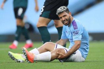 Aguero diperkirakan absen dua bulan lagi