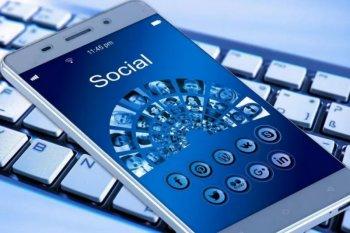 Cara menjaga data pribadi saat bertransaksi digital dan bermedia sosial