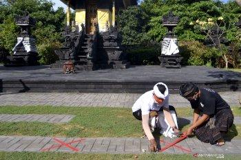 Desa Adat Legian terapkan protokol kesehatan pada Hari Raya Galungan