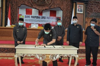 DPRD ketok palu APBD Perubahan Provinsi Jambi 2020