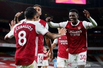 "Nketiah jadi ""supersub"" antar Arsenal atasi West Ham 2-1"