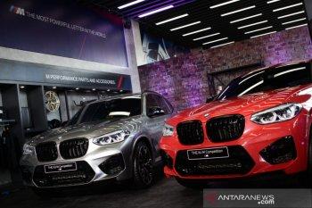 BMW X3 dan X4 M  Competition hadir di Surabaya