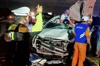 Tiga orang meninggal dunia  pada kecelakaan di Tol Sumo
