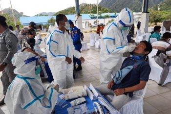 Rapid tes kedatangan Menteri Sosial di Natuna