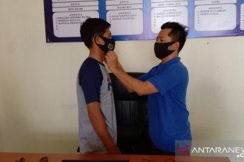 PWI bagikan masker kepada wartawan di Mukomuko