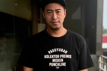Pandji Pragiwaksono hadirkan pertunjukan komedi secara virtual