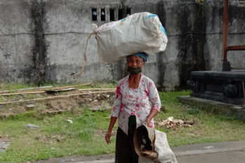 Warga Desa Pejeng Kangin Gianyar-Bali kumpulkan 4 ton sampah  selama COVID-19