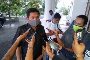Anggota DPRD Maluku dan ASN jalani tes usap tahap kedua
