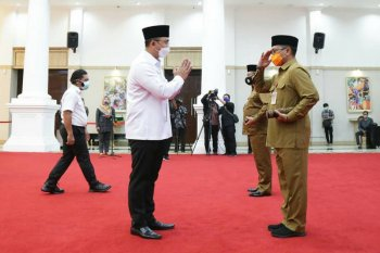 Wagub Banten lantik Pjs Bupati Pandeglang dan Serang