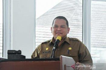Pemkab Karawang batasi kegiatan masyarakat hingga pukul 21.00 WIB