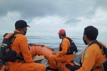 Tim SAR gabungan masih cari nelayan hilang di Malteng