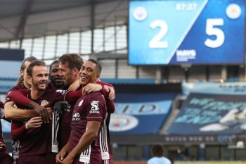 Jamie Vardy pimpin Leicester hancurkan Man City 5-2