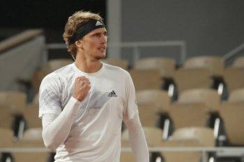 Alexander Zverev lolos ke babak kedua