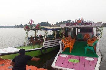 Persewaan perahu ketek  Danau Sipin praktis andalkan kunjungan akhir pekan