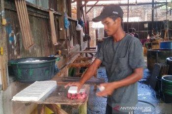 Begini keluhan pengrajin tahu di Aceh pada masa pandemi COVID-19