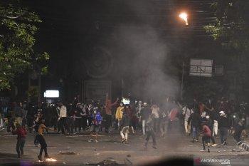 20 tersangka pembakar Halte TransJakarta ditahan