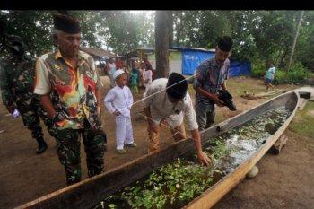 Tradisi tolak bala di Padang