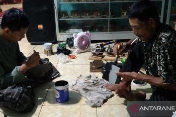 Rohayu (36) bangun sanggar untuk ciptakan peluang kerja
