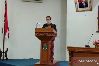 Bupati sampaikan tanggapan di Rapat Paripurna DPRD Batanghari