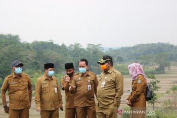 Pjs Bupati Serang tinjau titik relokasi SD terdampak tol