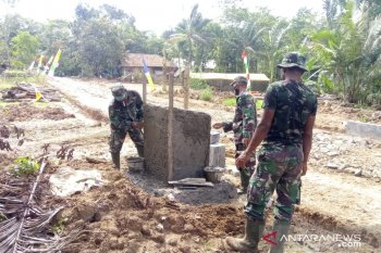 Pembangunan tugu prasasti di Patia jadi sejarah program TMMD-109 Pandeglang