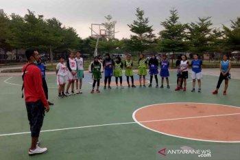 Kejar medali Porda Jabar, Perbasi Bekasi datangkan legenda basket jadi pelatih