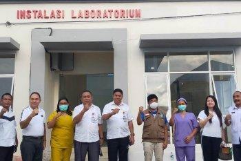 PT NHM salurkan bantuan alat PCR ke  Pemkab Halmahera Utara