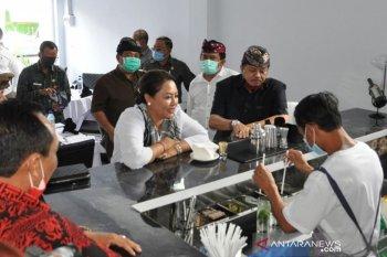 "Bupati Tabanan resmikan LPKS  ""Bali Cak Tourism School"""