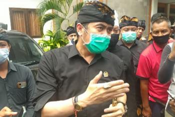Polisi amankan aksi ricuh di Gedung DPD Bali