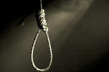 Prihatin,  seorang siswa SMP tewas  gantung diri di kamar mandi