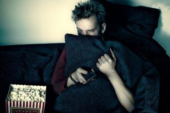 Alasan ada orang suka film horor dan menikmati ketakutannya
