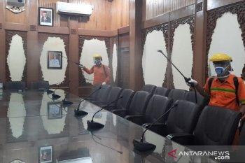 Gugus Tugas COVID-19 Kota Jambi semprotkan 1000 liter disinfektan perhari