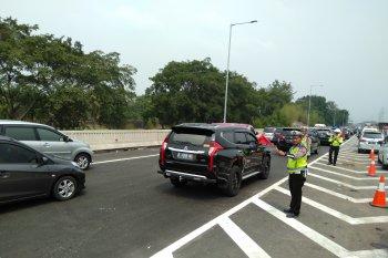 """Contraflow"" sempat diberlakukan di jalan Tol Jakarta-Cikampek arah Jakarta"