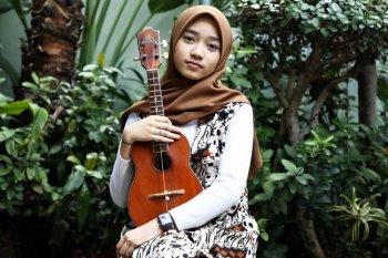 Cerita penyanyi cilik Arfa Marqia mulai mencintai batik