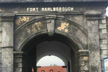 Pengelola Benteng Marlborough Bengkulu tambah waktu kunjungan