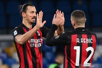 Liga Italia, dua gol Ibrahimovic membuat Milan menang 3-1 atas Napoli