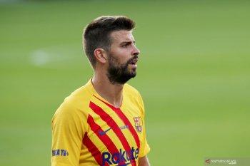 Barcelona ditinggal Pique lima bulan dan Roberto dua bulan