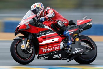 Dovizioso akhiri karir bersama tim Ducati (video)